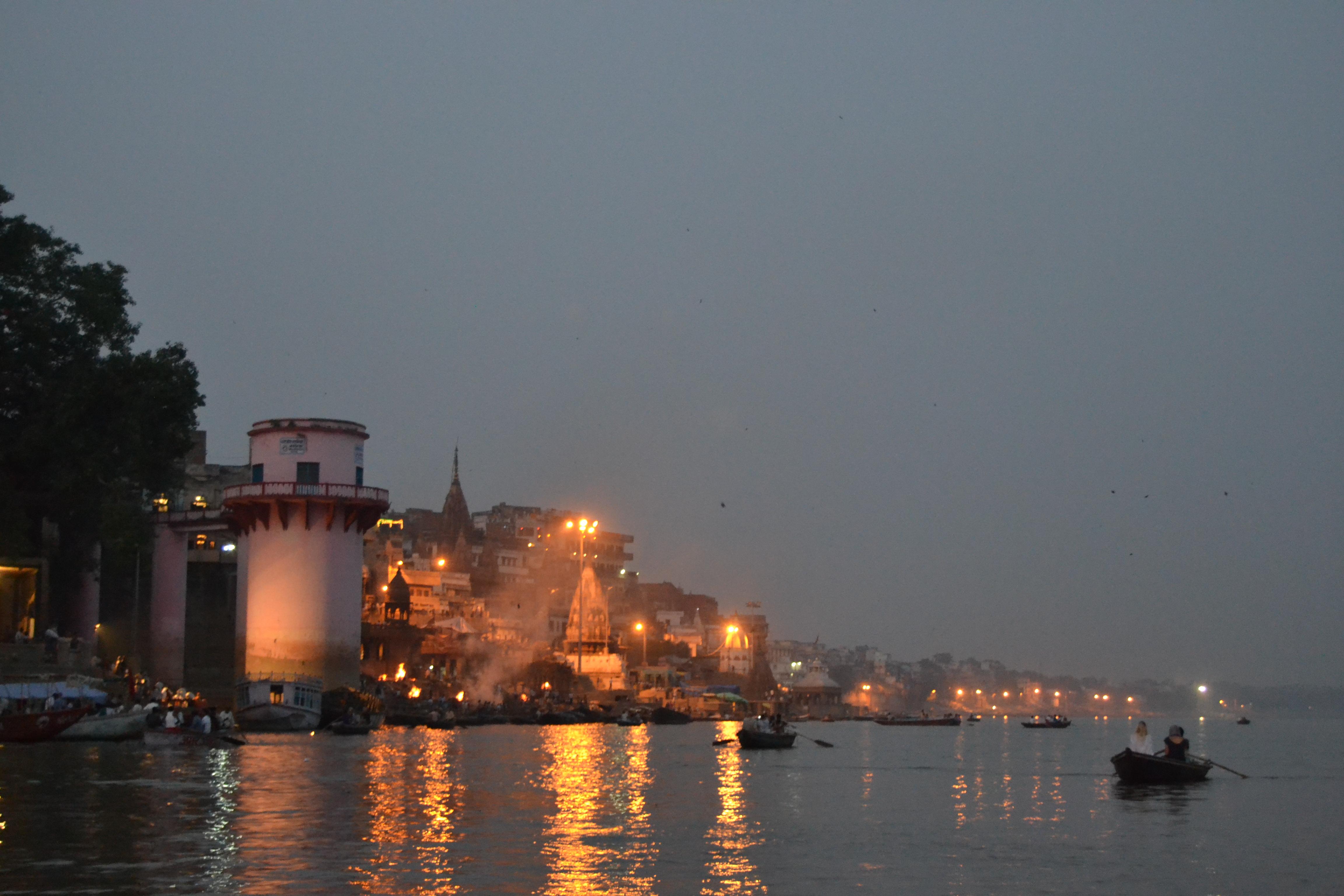 Varanasi i skymningen