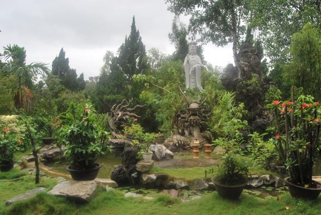 Den vackra trädgården hos nunnorna