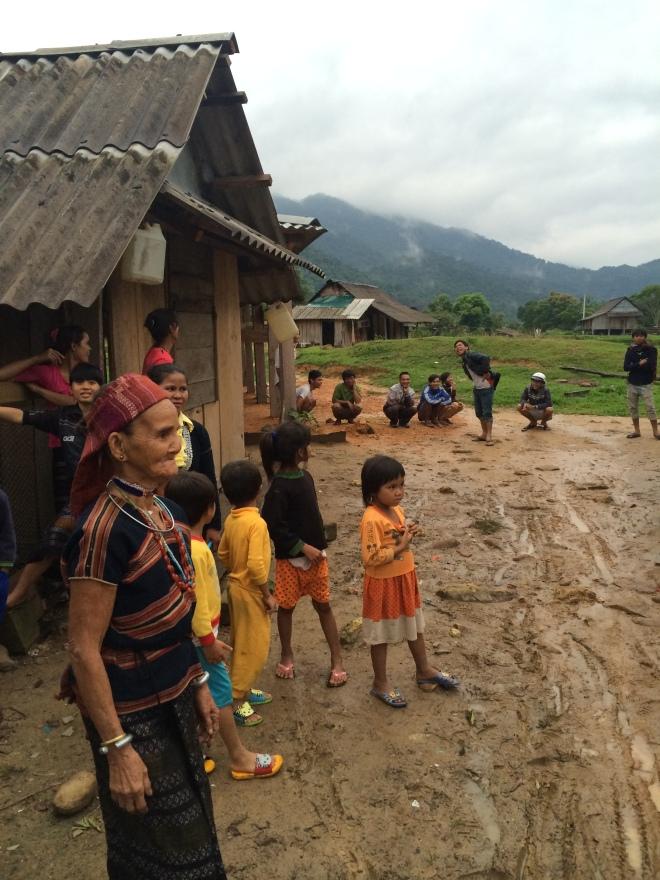 Några av människorna i byn