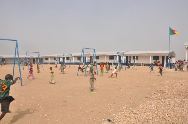 Barn som leker vid barnsäker plats